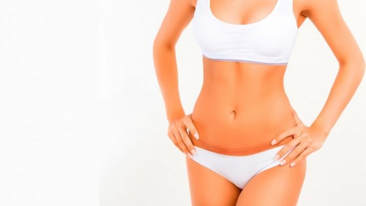 Entenda os riscos da abdominoplastia